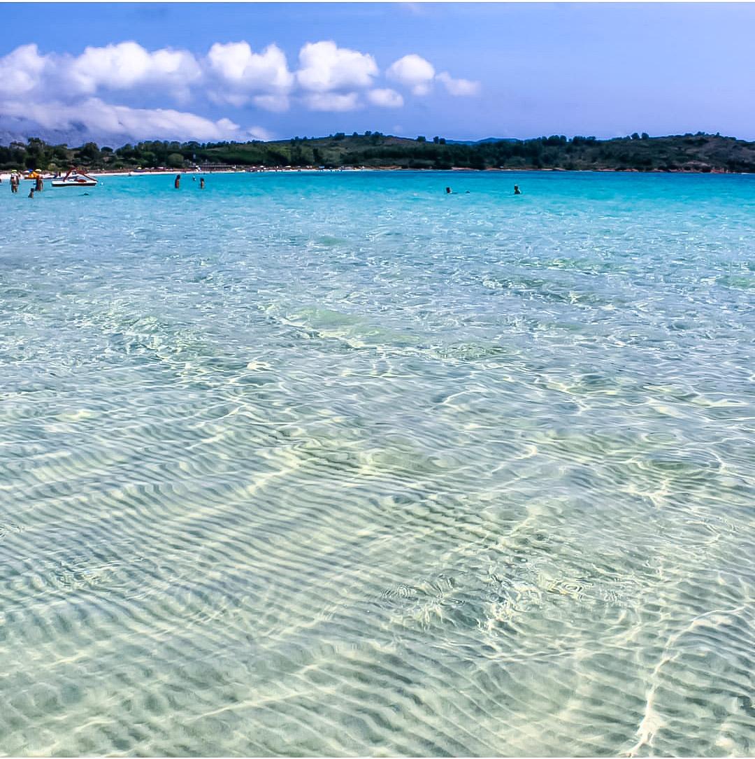 Una Spiaggia Per I Bambini In Sardegna Cala Brandinchi Mamma In