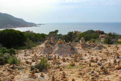 Escursione in Sardegna con i bambini trekking