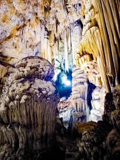 Grotta di Is Janas e Su Stampu de Su Turrunu